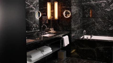 black marble bathroom tiles black tile bathroom 005349 07 black tile bathroom jpg