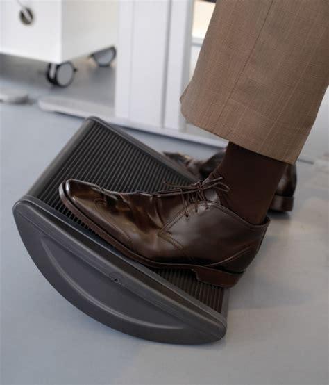 poggiapiedi da scrivania poggiapiedi ergonomico da ufficio ha165134 547 accessori