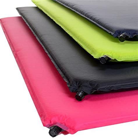 selbstaufblasbare matratze so l 228 sst die luft aus einer selbstaufblasbaren