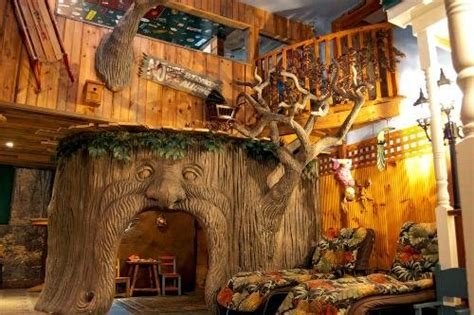 theme hotel nh treehouse suite at adventure suites north conway nh
