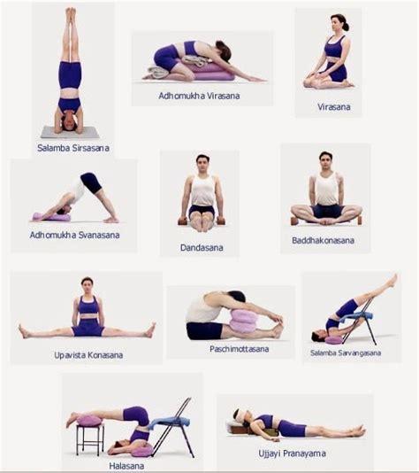 imagenes de yoga para principiantes poses y posturas de yoga para principiantes yoga encasa