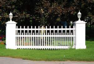 Picket Fences pics photos tags picket fence picket fences white picket fencing