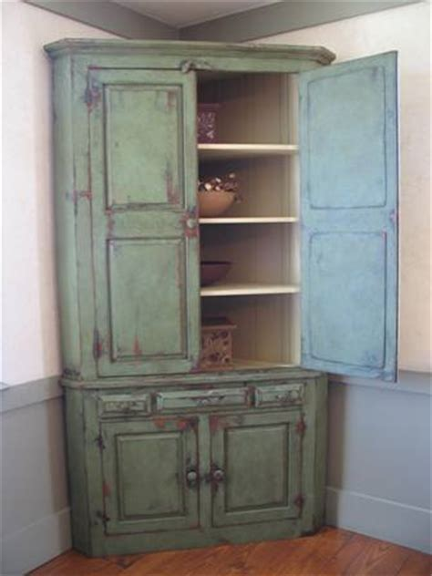 Corner Kitchen Hutch Furniture by How To Distress Kitchen Cabinets Furniture Redo Walls