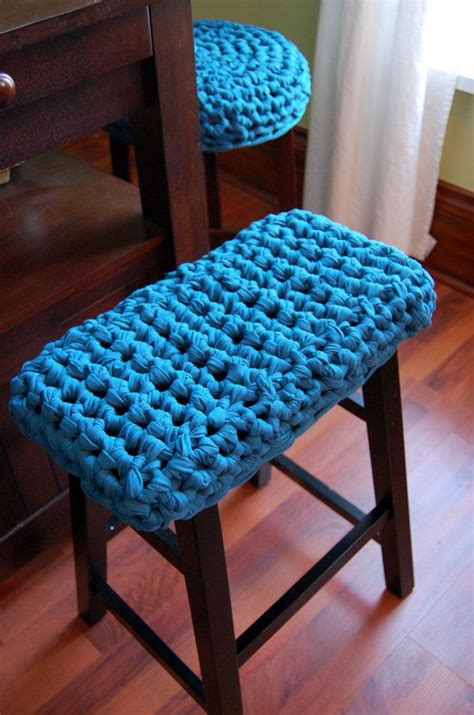 Vanity Stool Cover by 25 Best Ideas About Stool Covers On Bar Stool Covers Stool Cover Crochet And Cover
