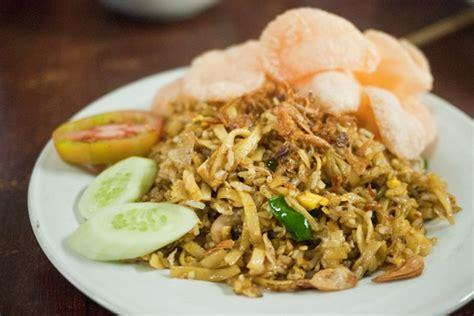 cara membuat nasi goreng dan gambarnya resep nasi goreng mawut yang istimewa dan enak