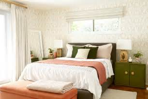 before and after bedroom makeover with moss and coral before and after bedroom makeover with moss and coral