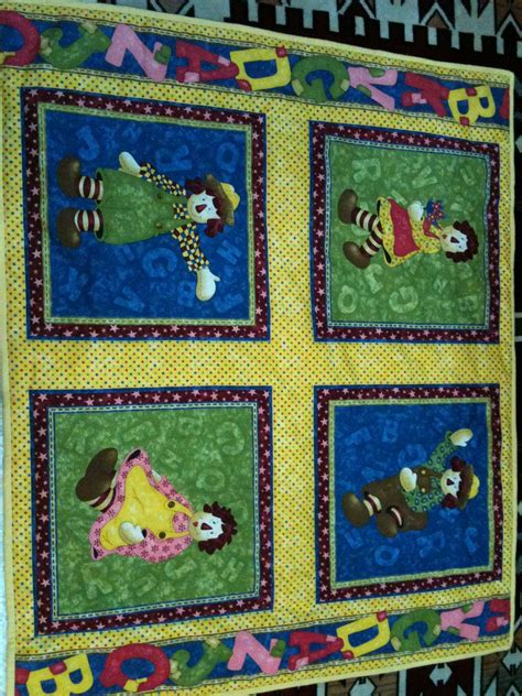 Raggedy Quilt by Beverly Collection Crafts Fabrics Clothing