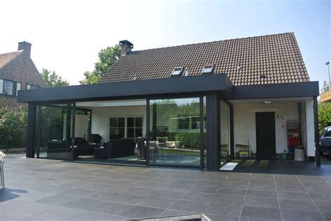 Veranda Modern by Veranda Modern Modern House