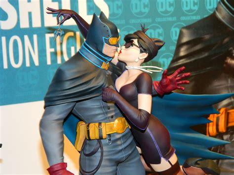 Figure Supergirl Designer Series nytf18 dc collectibles figures