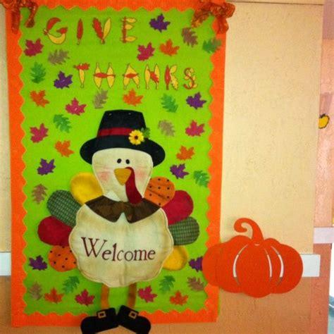 Thanksgiving Door Decorations For Preschool by 17 Best Ideas About Preschool Door On