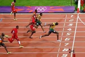 Pirus Gambar Lumba Lumba Lompat lari