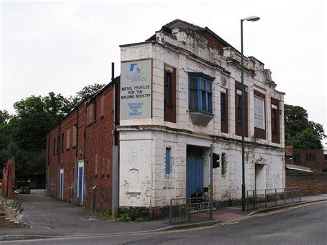 cineplex vernon the vernon basford nottingham in july 2004 cinema treasures