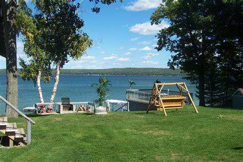 Cottage Rentals In Michigan On Lake by Elklakerentals