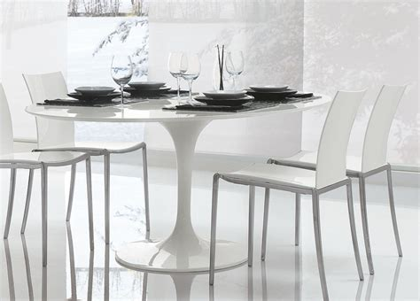 Saarinen tulip round dining table contemporary furniture dining tables