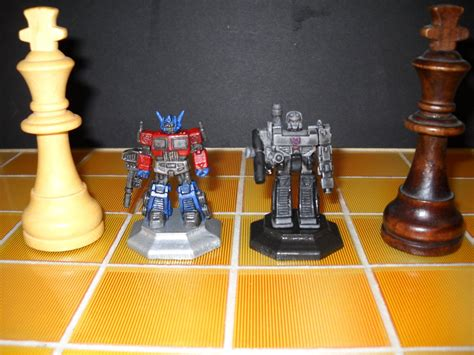 custom chess sets transformers custom chess set decoy kings by prowlcop