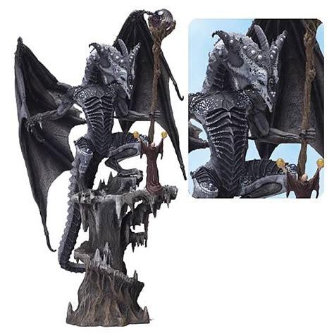Mcfarlane Mcfarlane S Clan 3 mcfarlane box set series 3 mcfarlane toys dragons figures at entertainment