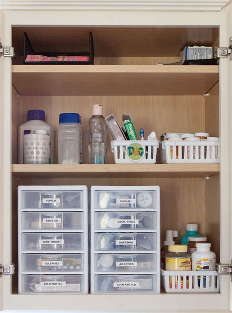 organize cabinets best 25 medicine storage ideas only on pinterest