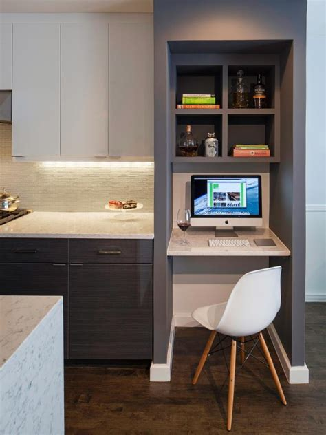 Photo Page Hgtv Modern Built In Desk