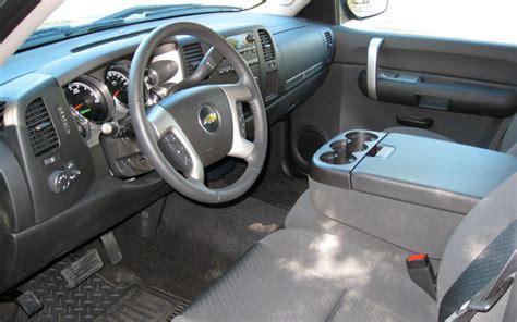 2009 Chevy Silverado Interior by 2009 Chevrolet Silverado Hybrid Drive Motor Trend