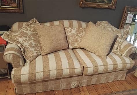 divani damascati divani classici in tessuto damascato la migliore scelta