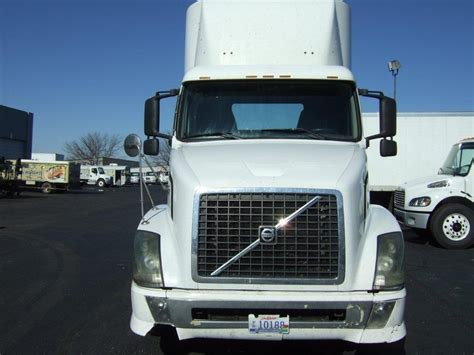 2004 volvo truck used 2004 volvo vnl for sale truck center companies