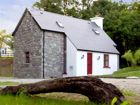 cottage kenmare ring of kerry county kerry