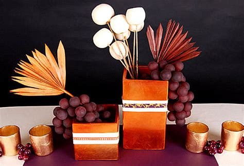 Contemporary Thanksgiving Decor a modern thanksgiving table setting decoist