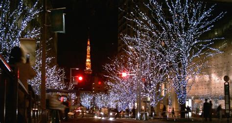 Superior Christmas Lights Montreal #4: Best-Things-To-Do-In-Tokyo-December-wikipedia.jpg