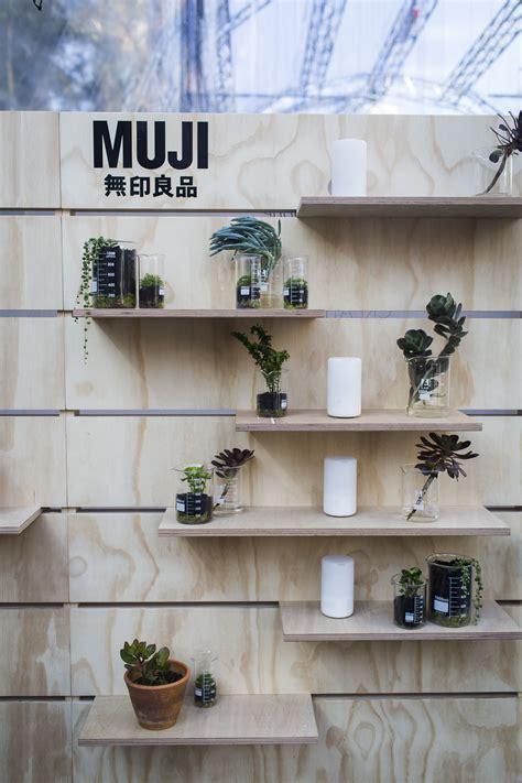 muji pop  display murraybarker muji flexible