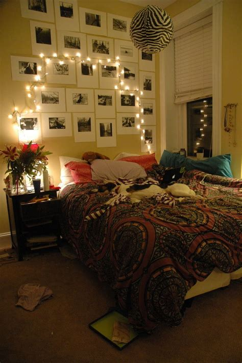 christmas light ideas for bedrooms 44 christmas lights decorations ideas for bedroom magment