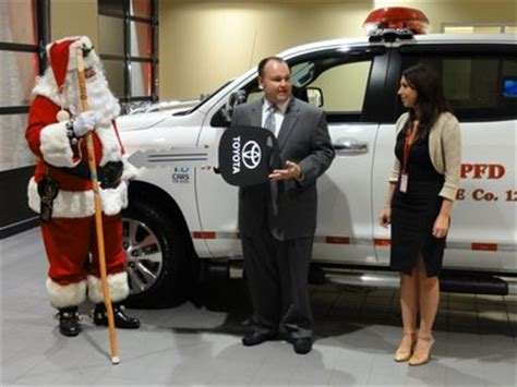 Joseph Toyota Toyota Dealer Helps Santa Just In Time For The Holidays