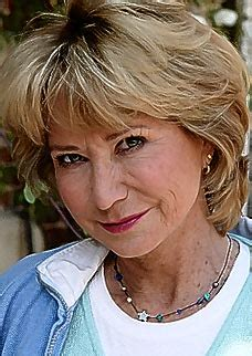 Felicity Kendal Haircut | felicity kendal penelope keith from the good life jan