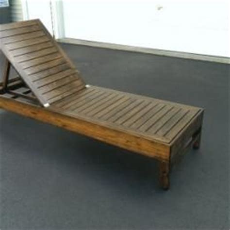 chaise lounge woodworking plans best 25 pallet chaise lounges ideas on pinterest