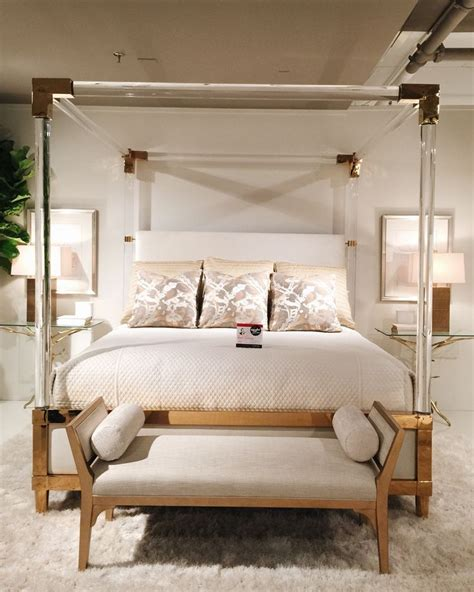 Canopy Bed Kansas City Spotted At Hpmkt Bethdotolo S Style Spotted This Jaw