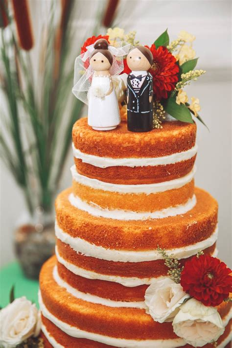 real wedding cakes   inspire   diy