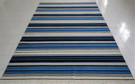 blue and white striped rugs blue and white stripe rug roselawnlutheran