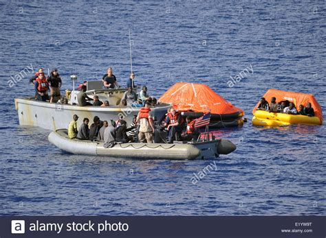 navy small boats us navy sailors rescue refugees from six small boats to