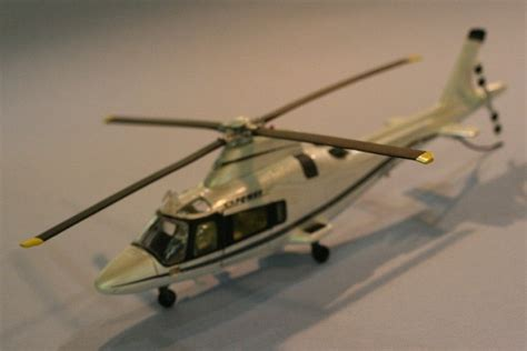 1 43 Newray Agusta A109 Helicopter Polizia Medic Diecast Metal manufacture aircraft