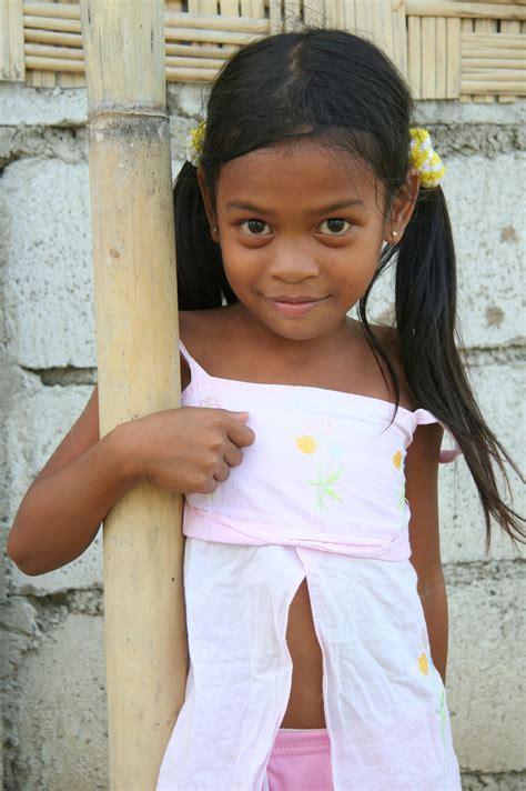 preteen school girl photos asia philippines luzzon preteen philippine girl a