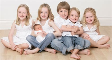 7 Reasons To Dr Houses Children by Six Reasons To Six Modernmom