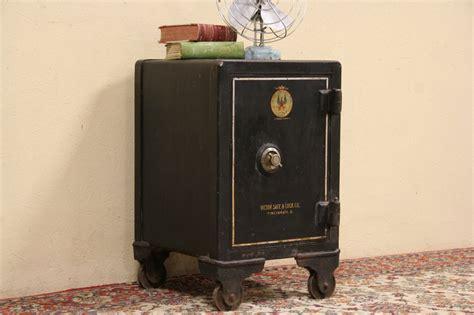 sold victor  cincinnati  iron combination safe