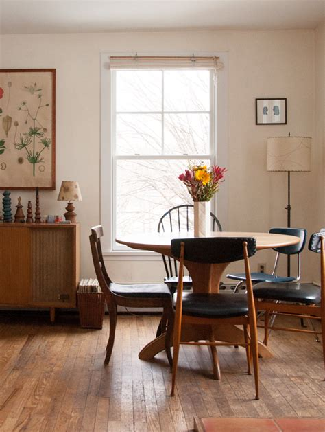 1900s Home Decor by Two Artists Find Home In A Charm Filled 1900 Farmhouse