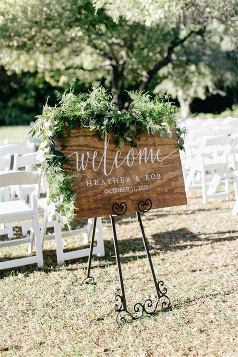 s2 desain indonesia rustic welcome wedding sign www stylemepretty