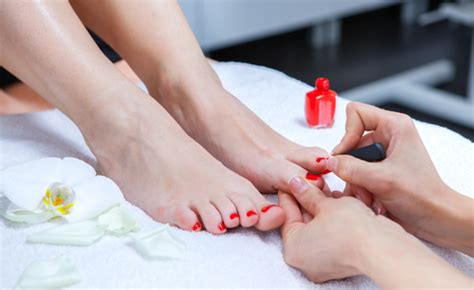 Detox Pedicure by 59 For A Spa Detox Wrap Pedicure And Microdermabrasion