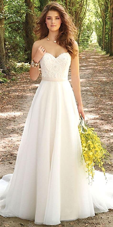 Schlichte Hochzeitskleider by 25 Best Ideas About Wedding Dress Simple On