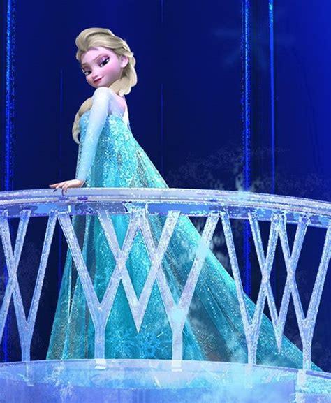 Mainan Boneka Frozen Elsa Walking And Singing D elsa walking up stairs in palace frozen frozen stairs walking and
