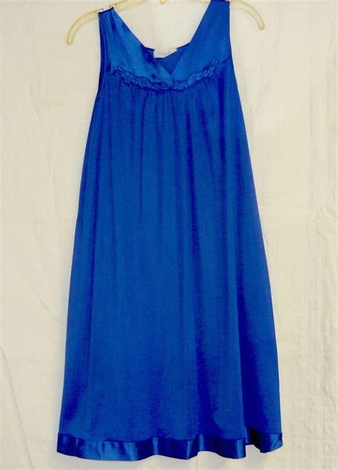 Vanity Fair Gowns And Robes by Vanity Fair Vintage Blue Nightgown S Sleepwear Robes