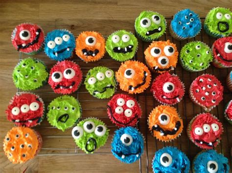 monster cupcakes  eyeballs perfect    birthday party boy  girl kids