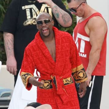 floyd mayweather bag ridiculousness with a stash the black and fabulous 174