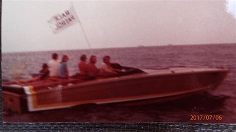 cigarette boat gallons per hour weight of a 1981 33ft mistress page 2 offshoreonly
